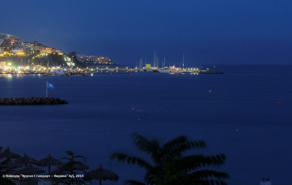 Нощ над Свети Влас ;)