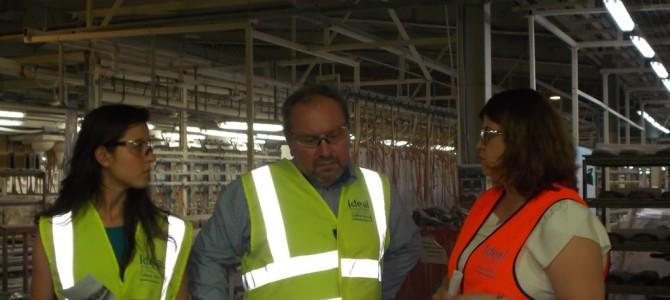 Заместник-областният управител на Габрово Добромир Валачев на посещение в Завода за керамика