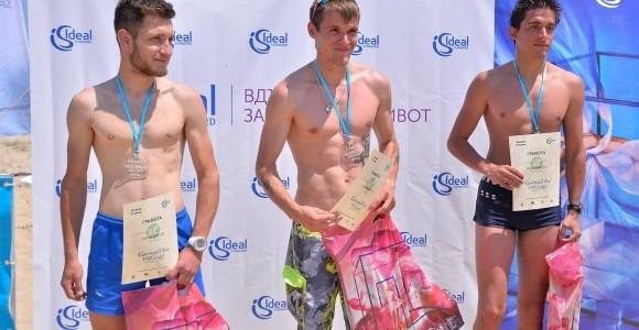 """Ideal Standard раздаде 12 награди за дръзките и смели победители в полумаратона """"Камчийски пясъци 2015"""""""