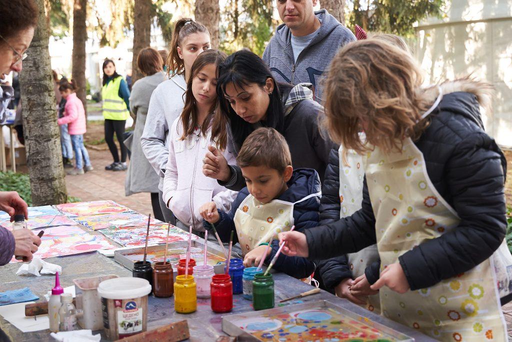 Идеал Стандарт Видима- празник 85 години - забавления за децата - рисуване
